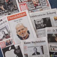 Zeitungen zum Tod von Steve Jobs