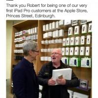 Tim Cook, Edinburgh