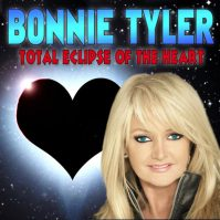 Bonnie Tyler singt Total Eclipse of the Heart.